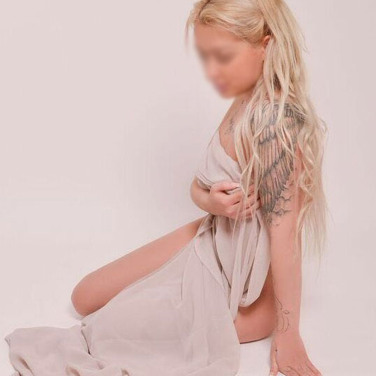 Penis Massage lingam - Angelhands Erotikmassage -
